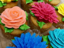 Flower Topped Cupcakes
