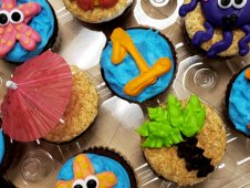 Beach Themed Piped Cupcakes
