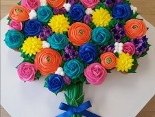 Flower Bouquet Cupcake Creation