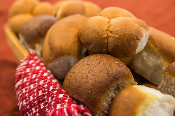 Breads, Buns, and Rolls at Lindas Bakery